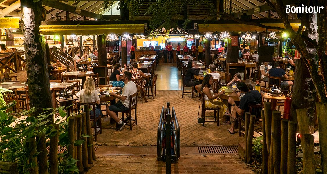 Espaço-interno-do-Restaurante-Casa-do-João
