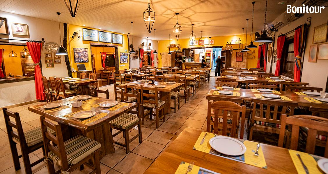 visão-ampla-do-restaurante-juanita