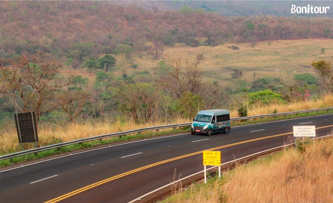 transporte-coletivo-na-estrada