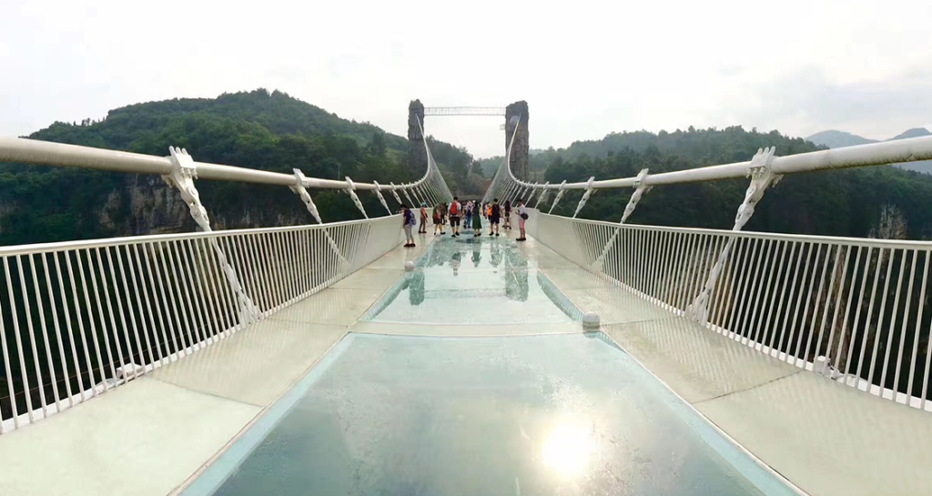 Cachoeiras-a-esportes-radicais