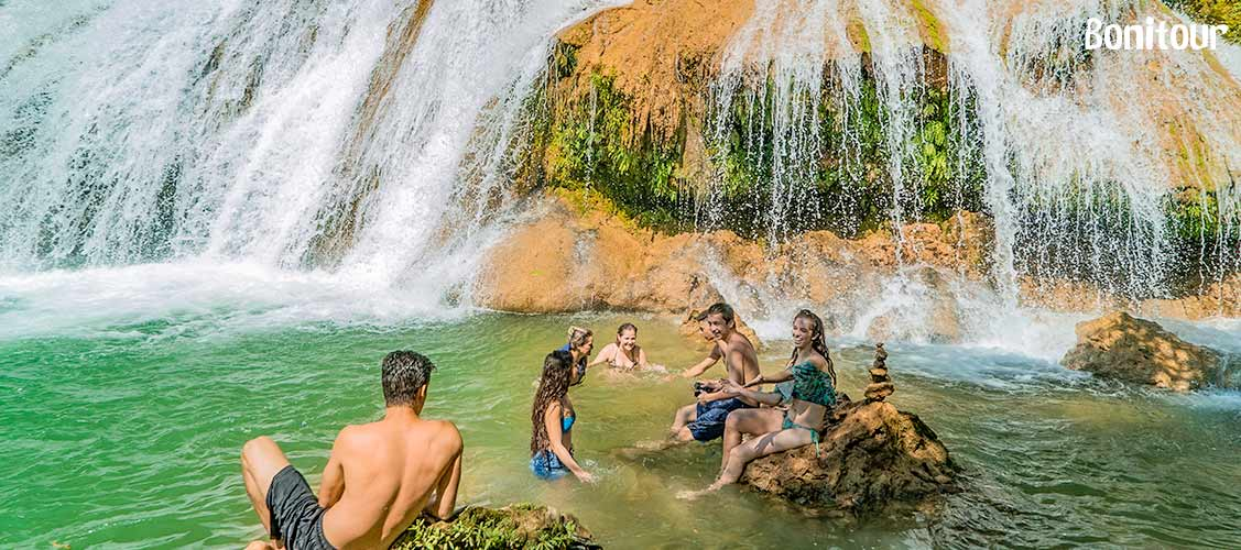 Cachoeiras-Serra-da-Bodoquena