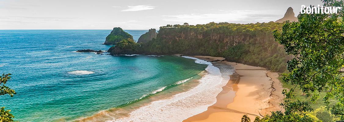 Praia-do-Sancho-em-Fernando-de-Noronha