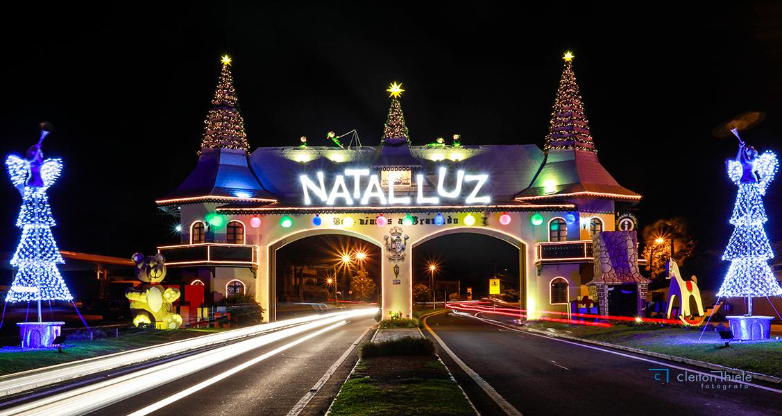 Tradicional-Natal-Luz-em-Gramado-RS-Serra-Gaúcha