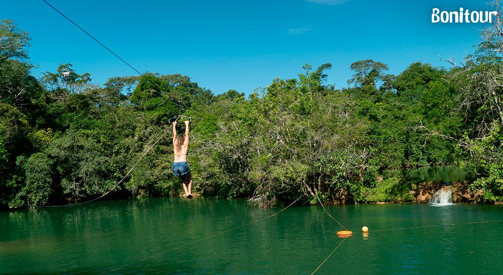 Cachoeiras da Serra da Bodoquena: um misto de aventura e diversão em meio à natureza