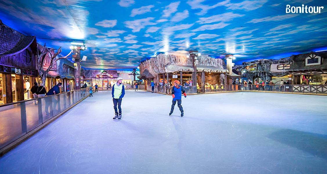 Patinação-no-gelo-no-Parque-Snowland