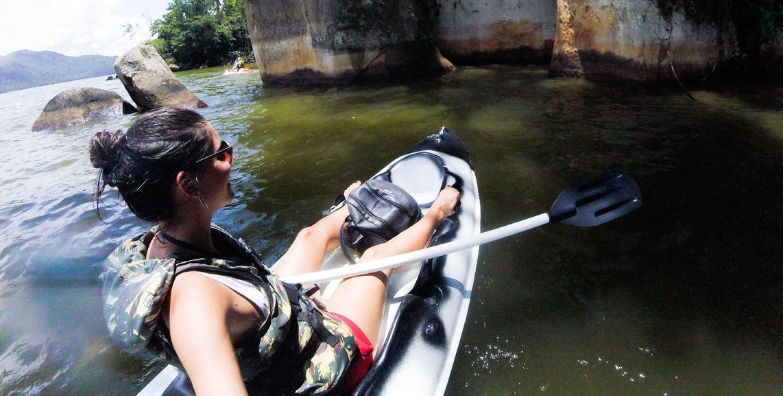 Guta-Lemos-praticando-canoagem