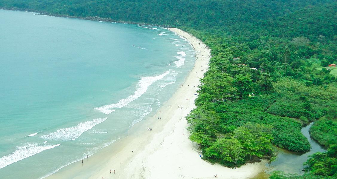 Praia-do-Sono-em-Paraty
