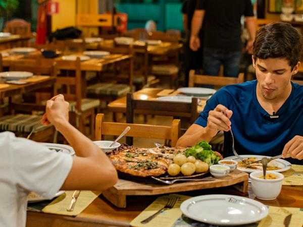 Onde comer em Bonito/MS: conheça os restaurantes parceiros do aplicativo Bonitour