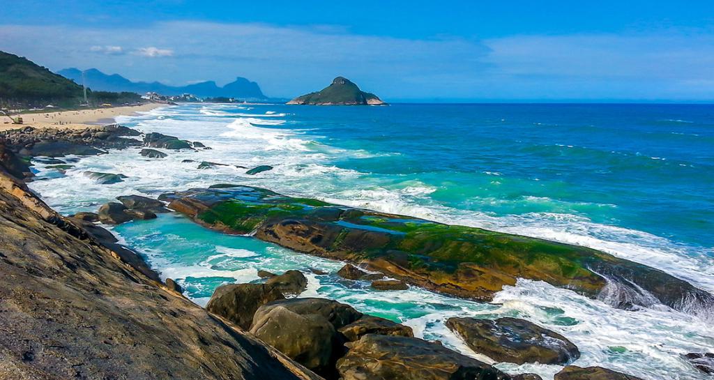 Praia-do-Secreto-no-Rio-de-Janeiro