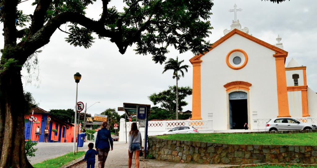 Turismo-histórico-pela-cidade-em-Florianópolis