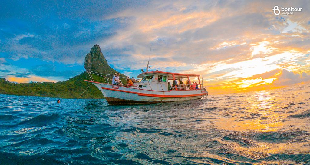 noronha-barco